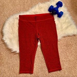 Xersion Chili Red & Black Crop Activewear Leggings